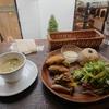 野菜たっぷりのカフェ