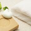 50代の敏感肌&乾燥肌には低刺激で高保湿の洗顔石鹸が最適?