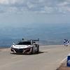 ホンダNSX パイクスピークヒルクライムで量産ハイブリッド車の新記録を達成
