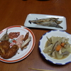 幸運な病のレシピ( 659 ) 夜:手羽唐揚げ、煮しめ(手羽入)、干しギス焼