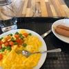 先日、初ホテルの朝食ビュッフェ..生まれて初めてだからと行ってみたけどインチキ関西弁家族、変なカップルの引き立て役やらされetc..やはり行くべきじゃなかったな。