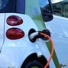 いつかは乗ってみたい本物の電気自動車