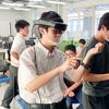 \生徒大満足/MR技術(※1)ってこんな使い方ができるの⁉【遠隔授業のニューノーマル】先端科学教材(※2)体験型イベント「指でつまんで動かす!空中に浮かぶ立体映像」を実施
