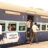 インド鉄道に乗って、いざ喧噪のインド世界へ(ゴーラクプル→バラナシ)