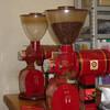 焙煎コーヒー豆の粉砕は焙煎コーヒー豆の堅さの影響を受けている