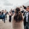 ロックバンド好きが選ぶ結婚式や2次会におすすめのBGM集(実際に使われた曲も紹介)