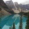 カナダバンフ国立公園旅行記(3)エメラルドグリーンに輝くモレーンレイク