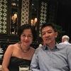 夜の美術館で賑やかな結婚記念日パラナカン料理
