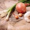ニンニクとニラとネギなど激臭食材で作る「ワルい焼き蕎麦」