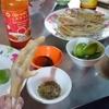 カンボジアでローカル食を向上心満点な友達とたべながら過ごす、休日の過ごし方!