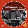 《音楽の楽しい連鎖(Fun-CoNNeX)》ブラジルのギタリスト「Nelson Faria(ネルソン・ファリア)」がパーソナリティーのブラジルのテレビ番組《Um Café Lá Em Casa》に『Pedro Martins(ペドロ・マルチンス)』が出たゾッと!v^^