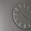 限りなくシンプルな時計。±0プラスマイナスゼロ『ウォールクロック』が壁に溶け込む。