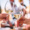 夏にピッタリ!自宅で簡単に作れてオシャレな、ワインカクテルのレシピ10選
