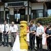 黄色いポストで幸せ届けて くま川鉄道・おかどめ幸福駅に設置