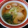 小松市城南町にある中華食堂元で、平日限定ランチメニューのめん定食。チャーハン(小→大)+元ラーメン(和風しょうゆ)