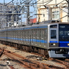 2020・10 西武新宿線2000系 天気良好