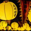 ランタンの灯りに照らされて(長崎ランタンフェスティバル – 長崎県長崎市)