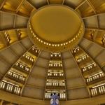 「セントラルマーケット(プサートゥメイ)」~プノンペン最大規模を誇るドーム状のバザール市場!!
