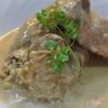 エノキの豚肉巻きのフリカッセ、ポルチーニ風味