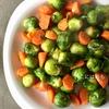 簡単!フライパンで作る「芽キャベツと人参のソテー」作り方・レシピ。
