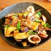 最近の料理メモ。イカのピリ辛炒め、初江さんの梅ジャム、名前のないのっけメシなど。