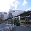 三鷹電車区の陸橋