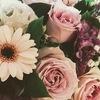 結婚式に花なんて、いらないって思う方!案外あった方がいいですよ。