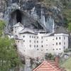 スロベニア 「洞窟城(Predjamski grad)」の思ひで…
