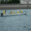 R1.5.15 海上実習でカッターを漕いでます