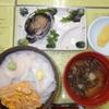 【函館】朝食  活イカ刺身と海鮮丼