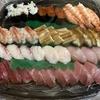 夕食はスシローの持ち帰り寿司にしました。