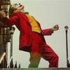 <週刊映画批評>「ジョーカー」V2に潜む宣伝の強み