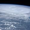 台風襲来に大災害債券「CATボンド」を確認する