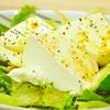 豊洲の「小田保」でマスカルポーネのようなトーフでサラダ、アジなめろうとマグロなめろう。