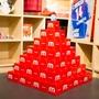 メルカリのエントランスに赤いピラミッド出現!? その正体は… #メルカリな日々 2018/08/09