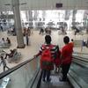 カシミリ・ゲート(Kashmiri Gate)のISBTバスターミナルは、予約せずに乗れるバスタ新宿みたいな感じ