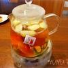 フルーツティーは家にあるもので簡単に。ティーパックと果物で特別なお茶の出来上がり!