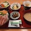 西川口の「一徳」で海鮮丼定食をたべました★