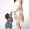 お腹の中の赤ちゃんの胎動。最近「ぐにょん」と動き、胎動が激しいです!