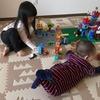 3歳3か月の娘のレゴブロック遊び。デュプロのおしろ 10577 と消防署 10593 で遊んでみたよ。0歳の息子もデュプロデビュー!?