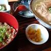 沖縄に行った時に初めて沖縄そばを食べましたがお肉もスープも美味しかったです。