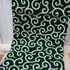 唐草模様の布