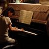 物置のピアノ