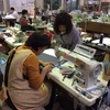 地元の縫製工場へ商品依頼