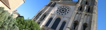 『シャルトル』美しい世界遺産の都市【パリ近郊:一時間】