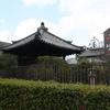 五輪塔覆堂(奈良県大和郡山市)