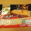丸大食品さんの 薄焼きピザ 5種のチーズ