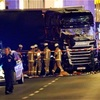 クリスマスの市にトラック突入、12人死亡…独