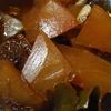 スイカの皮を大根の煮つけにしました。