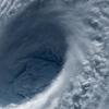 台風の目はどのようにしてできるの!昔は台風をどう呼んでいたの!